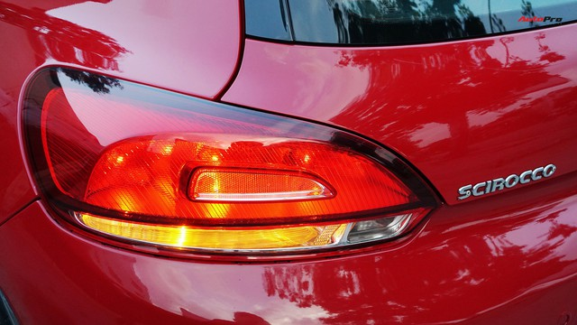 Sau 7 năm, mẫu xe thể thao hatchback Volkswagen Scirocco có giá 550 triệu đồng - Ảnh 6.