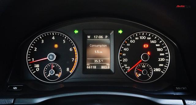 Sau 7 năm, mẫu xe thể thao hatchback Volkswagen Scirocco có giá 550 triệu đồng - Ảnh 13.