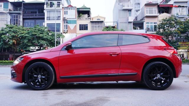 Sau 7 năm, mẫu xe thể thao hatchback Volkswagen Scirocco có giá 550 triệu đồng - Ảnh 10.