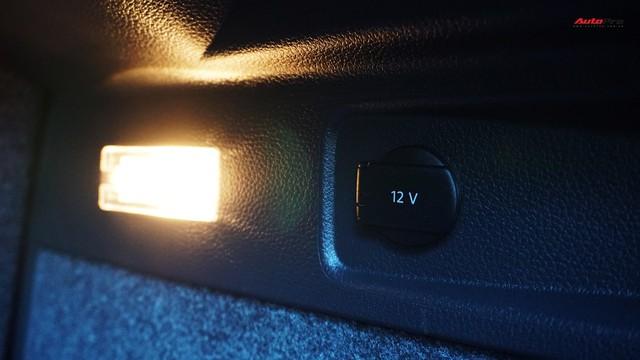 Sau 7 năm, mẫu xe thể thao hatchback Volkswagen Scirocco có giá 550 triệu đồng - Ảnh 9.