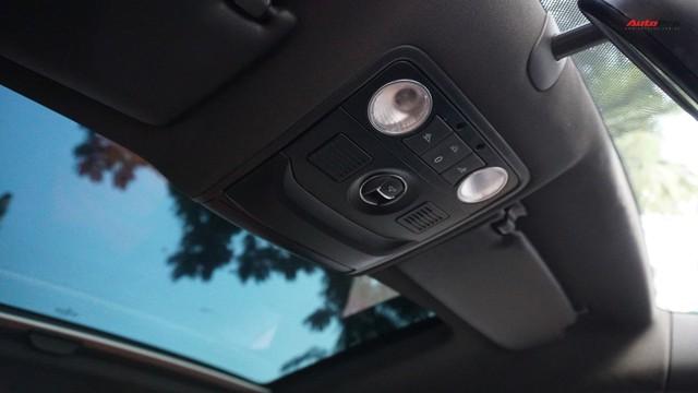 Sau 7 năm, mẫu xe thể thao hatchback Volkswagen Scirocco có giá 550 triệu đồng - Ảnh 15.