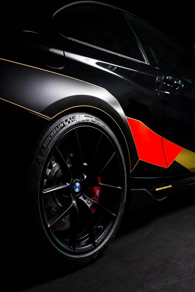 BMW phát sốt vì World Cup, ra mắt M2 đặc biệt cổ vũ tuyển Đức - Ảnh 4.