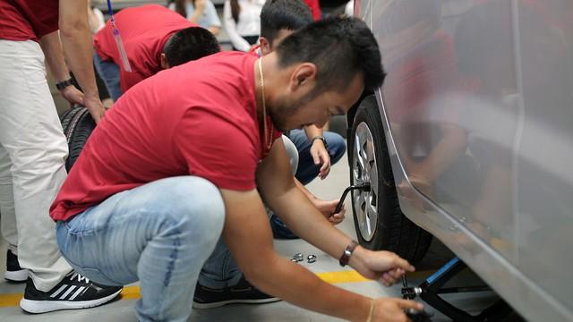 Với 4,4 lít xăng, Hyundai Accent AT 2018 có thể đi được 100 km đường hỗn hợp - Ảnh 5.