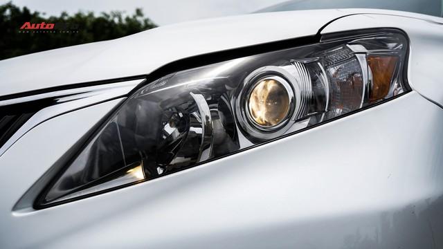 Lexus RX350 cũ, độ chống trộm gương và 3 màn hình android có giá dưới 1,7 tỷ đồng - Ảnh 2.