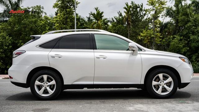 Lexus RX350 cũ, độ chống trộm gương và 3 màn hình android có giá dưới 1,7 tỷ đồng - Ảnh 3.