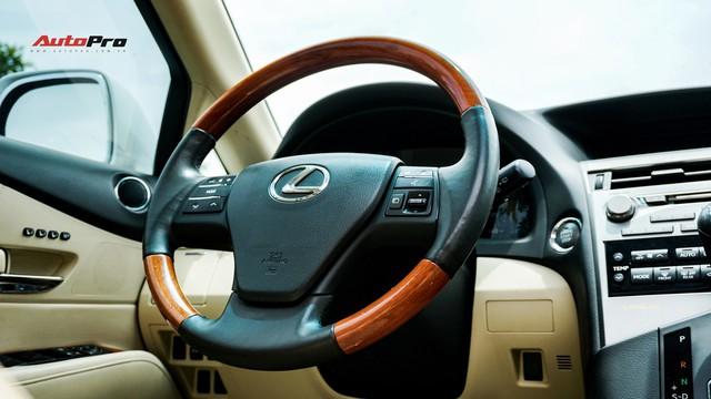 Lexus RX350 cũ, độ chống trộm gương và 3 màn hình android có giá dưới 1,7 tỷ đồng - Ảnh 12.