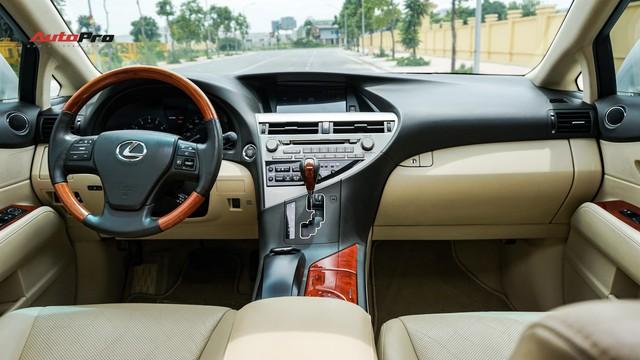 Lexus RX350 cũ, độ chống trộm gương và 3 màn hình android có giá dưới 1,7 tỷ đồng - Ảnh 11.