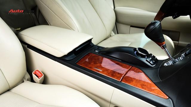 Lexus RX350 cũ, độ chống trộm gương và 3 màn hình android có giá dưới 1,7 tỷ đồng - Ảnh 16.