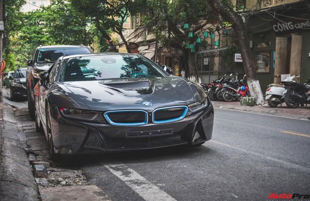 Những mẫu xe nào được đại gia Hà Thành dùng để dạo phố cuối tuần? - Ảnh 10.