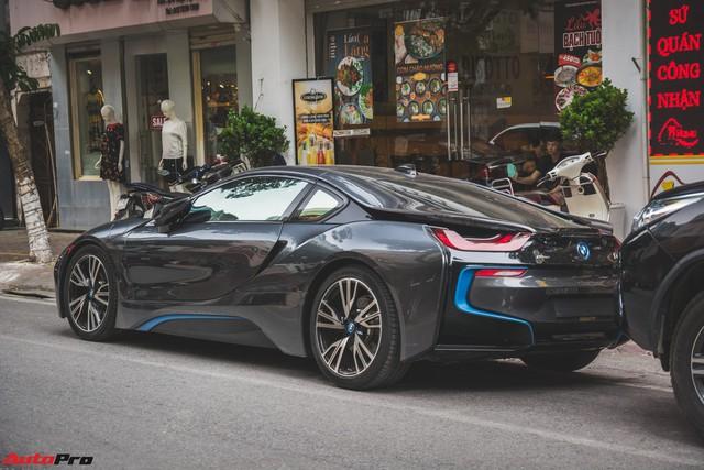 Những mẫu xe nào được đại gia Hà Thành dùng để dạo phố cuối tuần? - Ảnh 12.