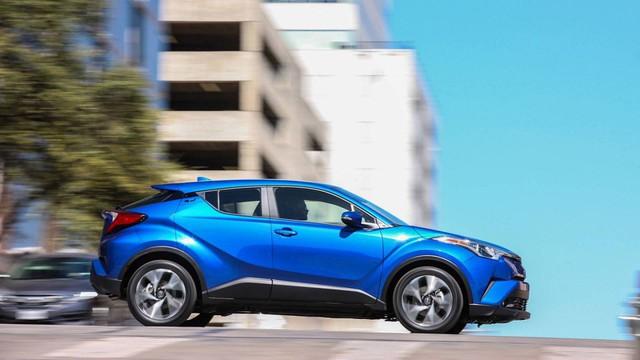 10 dòng SUV/Crossover tiết kiệm nhiên liệu nhất 2018: Quá nửa là xe Nhật - Ảnh 1.