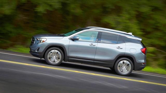 10 dòng SUV/Crossover tiết kiệm nhiên liệu nhất 2018: Quá nửa là xe Nhật - Ảnh 8.