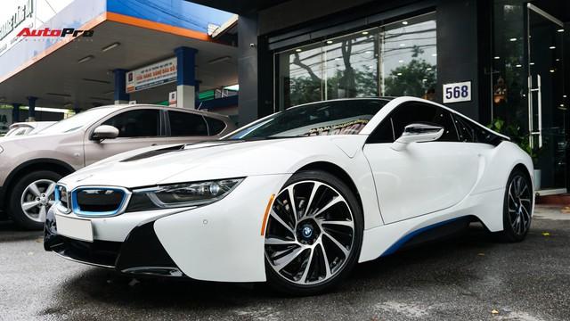 BMW i8 - Siêu xe đình đám một thời tụt giá mạnh tại Việt Nam - Ảnh 19.