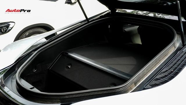 BMW i8 - Siêu xe đình đám một thời tụt giá mạnh tại Việt Nam - Ảnh 8.