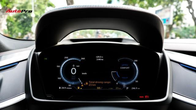 BMW i8 - Siêu xe đình đám một thời tụt giá mạnh tại Việt Nam - Ảnh 12.