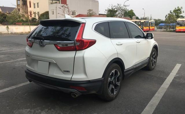Honda CR-V đi chán chê 2 tháng vẫn giữ giá - Thực trạng khi nguồn hàng cạn kiệt - Ảnh 1.