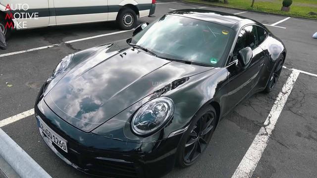 Porsche 911 Carrera 4S mới là đây