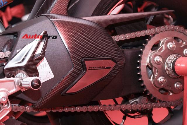 (4h) Chi tiết Ducati Panigale V4 Speciale giá ngang xe ô tô Mercedes-Benz của Biker Việt - Ảnh 24.
