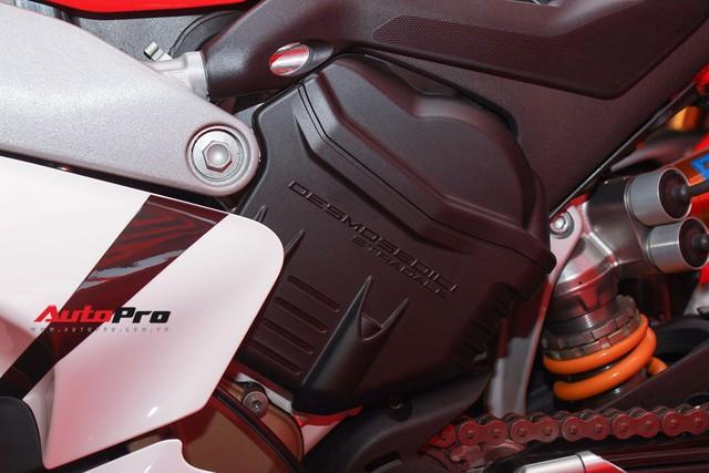 (4h) Chi tiết Ducati Panigale V4 Speciale giá ngang xe ô tô Mercedes-Benz của Biker Việt - Ảnh 28.