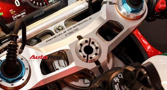 (4h) Chi tiết Ducati Panigale V4 Speciale giá ngang xe ô tô Mercedes-Benz của Biker Việt - Ảnh 7.