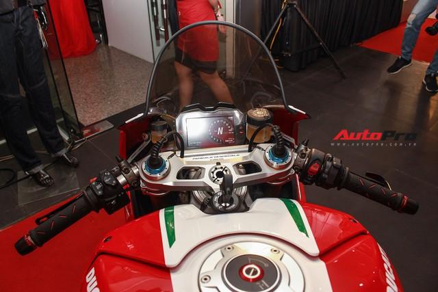 (4h) Chi tiết Ducati Panigale V4 Speciale giá ngang xe ô tô Mercedes-Benz của Biker Việt - Ảnh 25.