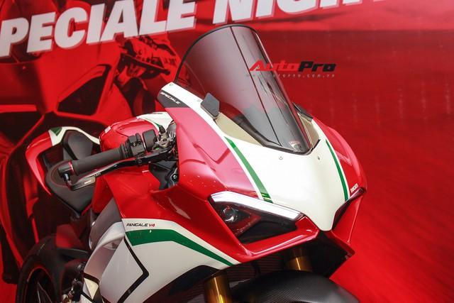 (4h) Chi tiết Ducati Panigale V4 Speciale giá ngang xe ô tô Mercedes-Benz của Biker Việt - Ảnh 5.