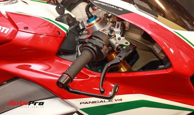 (4h) Chi tiết Ducati Panigale V4 Speciale giá ngang xe ô tô Mercedes-Benz của Biker Việt - Ảnh 19.