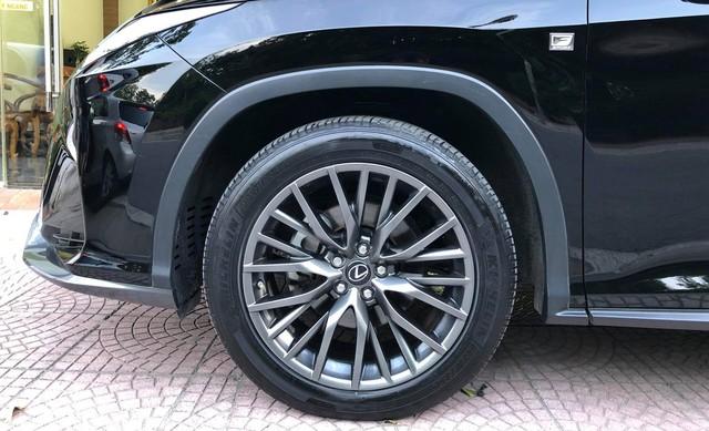 Lexus RX 350 F-Sport 2016 đi 19.000km bán lại giá vẫn gần 4,2 tỷ đồng - Ảnh 3.