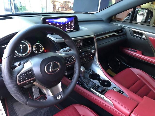 Lexus RX 350 F-Sport 2016 đi 19.000km bán lại giá vẫn gần 4,2 tỷ đồng - Ảnh 9.