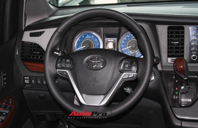 Chi tiết Toyota Sienna Limited 2018 giá 4 tỷ đồng vừa về Việt Nam - Ảnh 7.