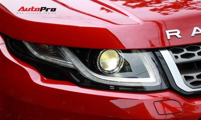 Mới lăn bánh 7.500km, Range Rover Evoque 2017 được rao bán lại giá 2,85 tỷ đồng - Ảnh 10.