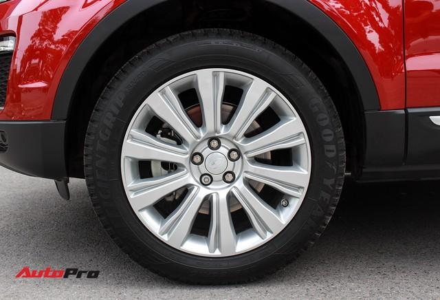 Mới lăn bánh 7.500km, Range Rover Evoque 2017 được rao bán lại giá 2,85 tỷ đồng - Ảnh 7.
