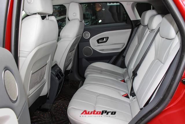 Mới lăn bánh 7.500km, Range Rover Evoque 2017 được rao bán lại giá 2,85 tỷ đồng - Ảnh 13.