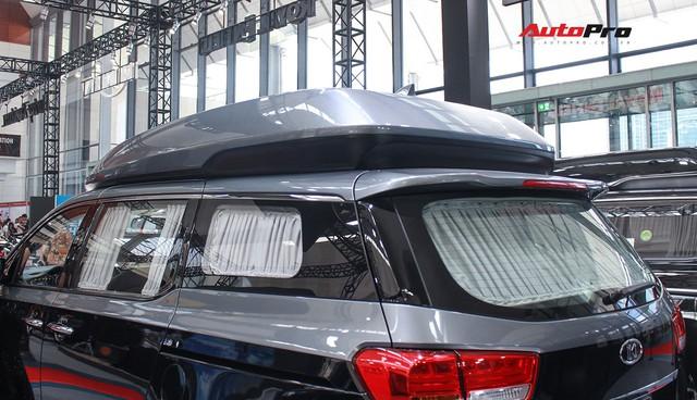 Khám phá xe gia đình Kia Carnival độ phong cách hạng sang vừa xuất hiện tại Việt Nam - Ảnh 15.