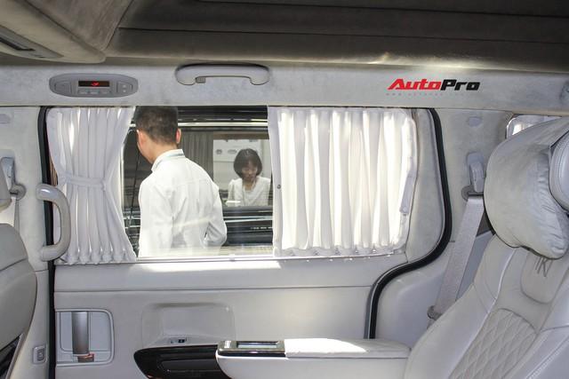 Khám phá xe gia đình Kia Carnival độ phong cách hạng sang vừa xuất hiện tại Việt Nam - Ảnh 25.