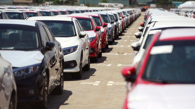 Giảm giá - món khai vị trước khai tiệc ô tô nhập khẩu