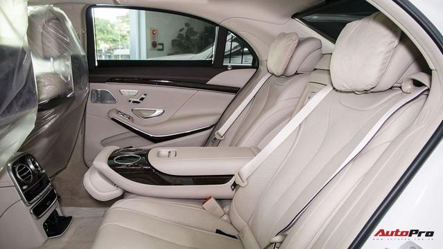 Khám phá Mercedes-Benz S 450 L 2018 tại đại lý trước ngày chính thức ra mắt khách Việt - Ảnh 13.