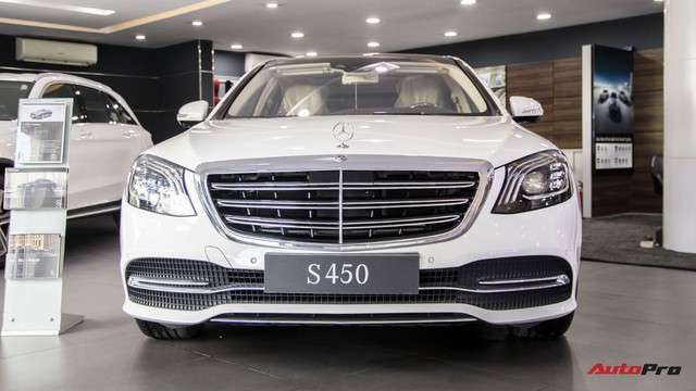 Khám phá Mercedes-Benz S 450 L 2018 tại đại lý trước ngày chính thức ra mắt khách Việt - Ảnh 1.