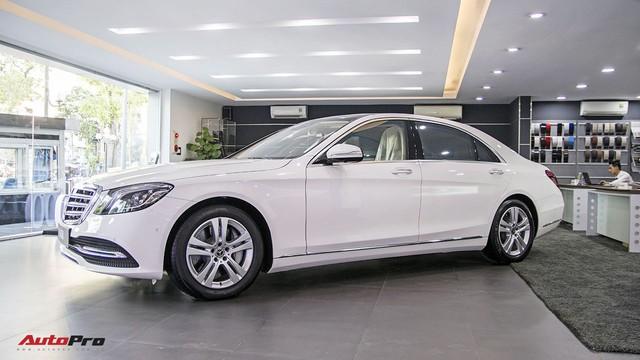 Khám phá Mercedes-Benz S 450 L 2018 tại đại lý trước ngày chính thức ra mắt khách Việt - Ảnh 4.