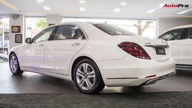 Khám phá Mercedes-Benz S 450 L 2018 tại đại lý trước ngày chính thức ra mắt khách Việt - Ảnh 7.