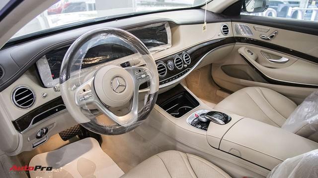 Khám phá Mercedes-Benz S 450 L 2018 tại đại lý trước ngày chính thức ra mắt khách Việt - Ảnh 9.