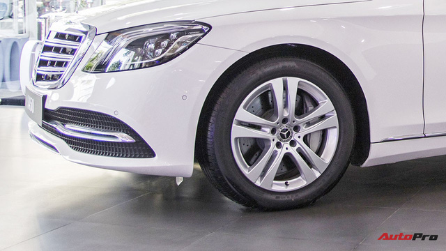 Khám phá Mercedes-Benz S 450 L 2018 tại đại lý trước ngày chính thức ra mắt khách Việt - Ảnh 5.