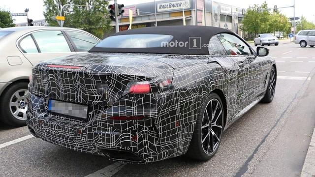 BMW 8-Series mui trần xuất hiện ngoài phố - Ảnh 4.