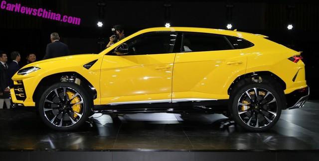 Hàng nhái của Lamborghini Urus bắt đầu lăn bánh trên phố - Ảnh 6.