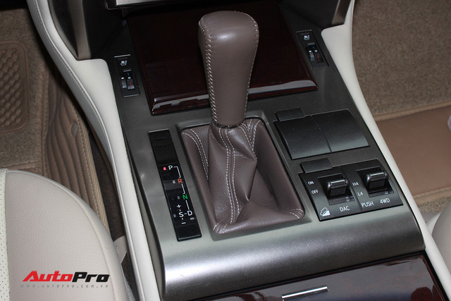 Lexus GX460 2015 lăn bánh 25.000km được chào bán lại giá 3,8 tỷ đồng - Ảnh 17.