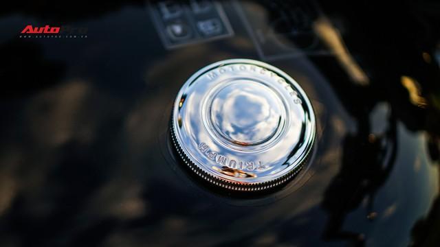 Đánh giá Triumph Bonneville T120: Khi tiền bạc quyết định tình yêu - Ảnh 10.
