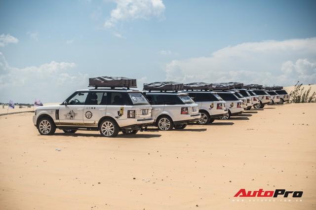 Dàn Range Rover của ông chủ cafe Trung Nguyên trổ tài offroad tại Bàu Trắng trong hành trình xuyên Việt - Ảnh 5.