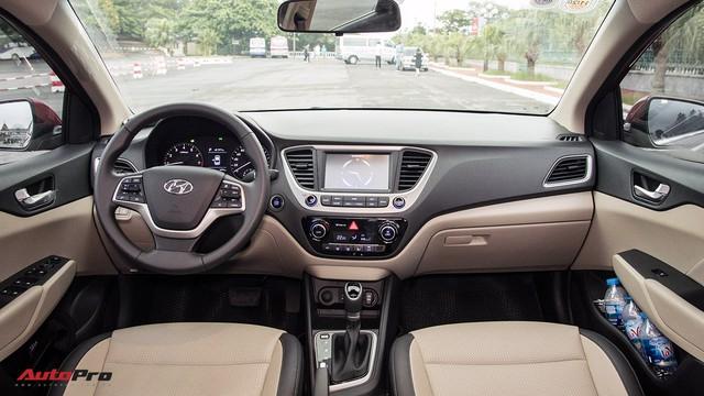 Hyundai Accent cháy hàng, lật đổ Honda City trong cuộc đua doanh số - Ảnh 3.