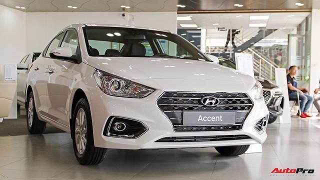 Hyundai Accent cháy hàng, lật đổ Honda City trong cuộc đua doanh số - Ảnh 1.