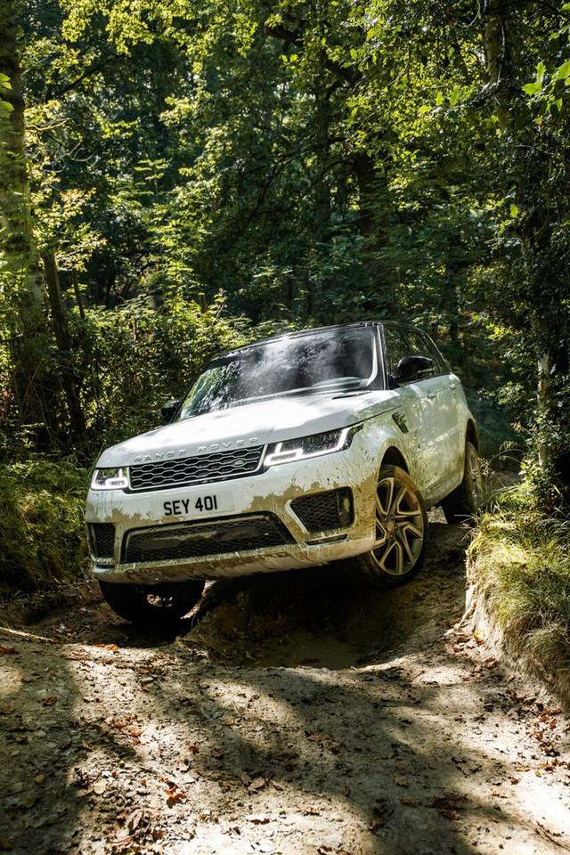 Ra mắt Range Rover Sport 2019 - Bình cũ rượu mới - Ảnh 1.